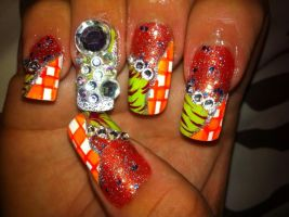 tri-design nail art by pierrettepaola