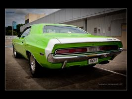 Dodge Challenger-1 by Colin-LOCP