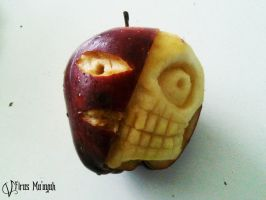 Life and Death Apple by Vampire737