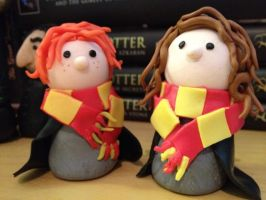 Ron and Hermione by KatjaFin