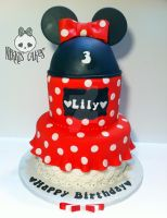 Minnie Mouse Birthday Cake by Corpse-Queen
