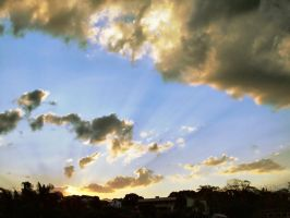 Sky with HDR by biiah22