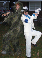Halloween Photos: Doing The THRILLER Dance! by conkeronine