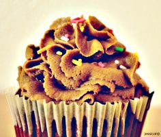 Nutella buttercream with red velvet by chrissie-ness