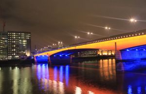 London Bridge by eonalpha