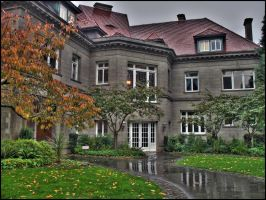 Pittock Mansion 'HDR' by metro