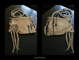 Felt Handbag by sellerie