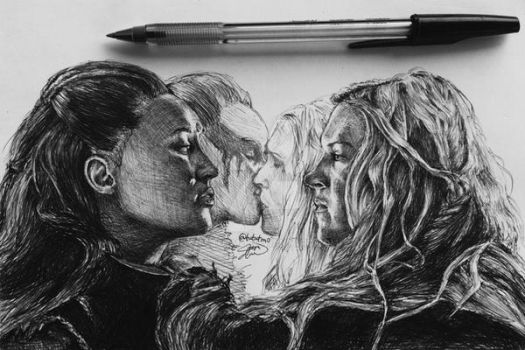 Lexa And Clarke by tututmo