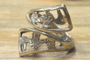 Vintage Sterling Silver Seahorse Ring by sevvysgirl