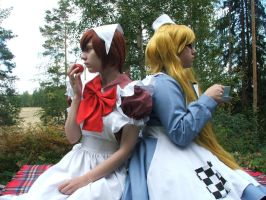 .Cosplay. Fem!England and Chibimano 2 by Snibu