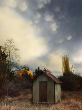 little house, big sky2 by TalusPhotography