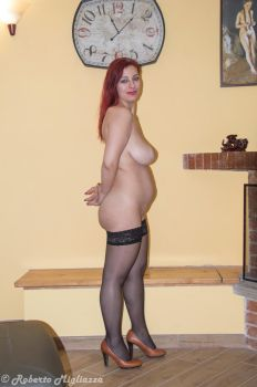 15 weeks pregnant nude girl by ipertornado
