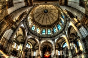 St. Maria Nave by Verguenza