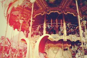 merry go round and round.. by bertiflake