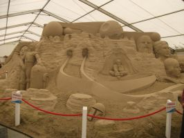 Incredible star wars sand sculpture by UndertakerisEpic