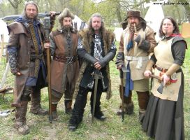 Kili, Nori, Thorin, Bofur and Dis by Lady--Eowyn