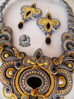 Sourache set in Gray and Gold by caricatalia
