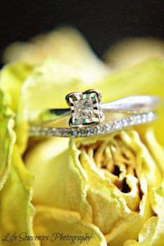 Wedding rings by Pammiesphotography