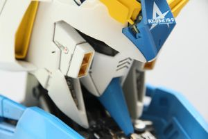 1:24 Rx-93-2hi-v Gundam Head16 by papu20