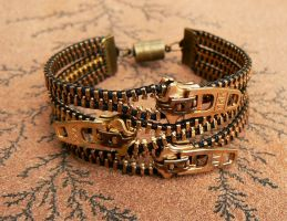 Uno Dos Tres Zipper Bracelet by deathbysunset