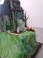 Haunted House Cake (Back) by sunflora263