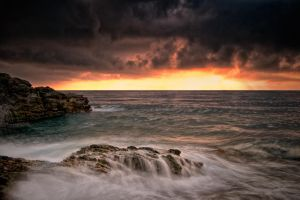 light of the storm by YannickDellapina