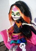 Monster High Skelita calaveras custom by AdeCiroDesigns