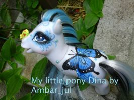 My little pony Dina Butterfly by AmbarJulieta