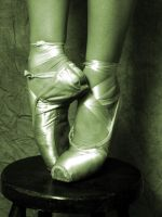 Point shoes04 by JazzyPhoto