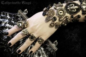 Black and Gold Steampunk Jewelry by CatherinetteRings