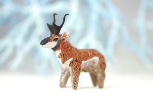 Animal totem sculpture - Pronghorn antelope by hontor