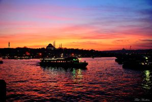 SUNSET ON THE GOLDEN HORN by mecengineer