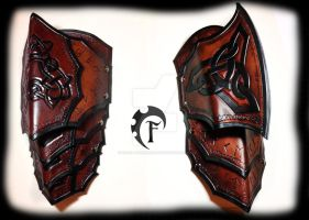 Celtic spaulders by Feral-Workshop