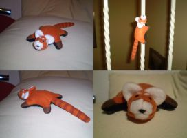 Red Panda Plushie by S-Meerschwein