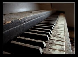 Piano by camera-kid