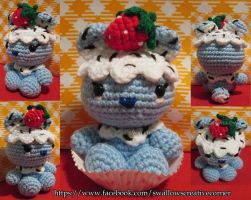 Blue Bear-y Chocolate Sprinkle Cupcake by swallowtt