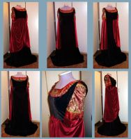 Arwen Blood red gown by Gewandfantasien