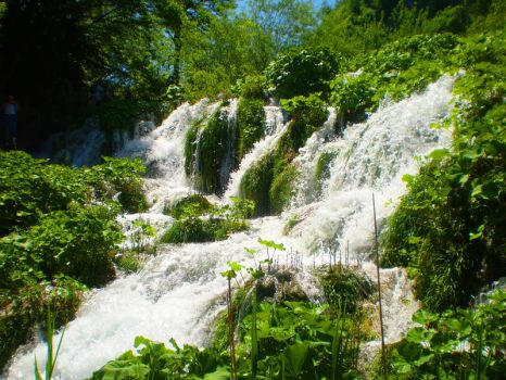 waterfall by Anchi3