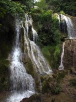 Waterfall 2 by bugsbunny90