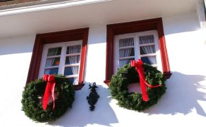 christmas decoration at windows by ingeline-art