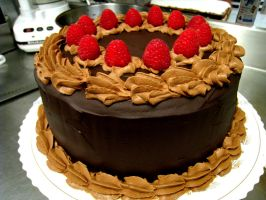 Chocolate Raspberry Cake by asthetiq