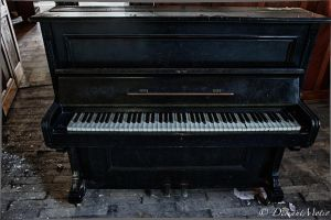 The Piano II by DeviantMotiv