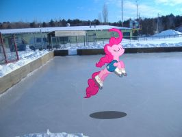 Pinkie Pie is best Ice Skater. by HAchaosagent