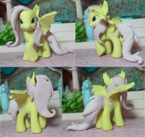 My Little pony custom flutterbat by SanadaOokmai