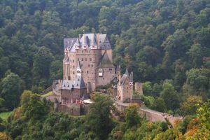 castle - 007 Burg Eltz by thalija-STOCK