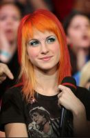 Hayley Williams-Make-up edit by XxLorelaixX