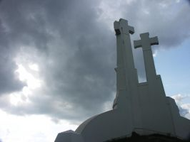 Hill of three crosses by chari-san