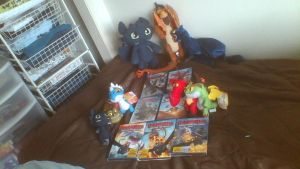 ALL MY MERCHANDISE FOR HTTYD UPDATE #1 by PokeLoveroftheWorld