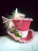 Mini Top Hat-Butterfly Kiss by IZZY-BD