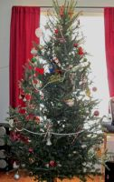 my first  real christmas tree after decorating by catsvsfox